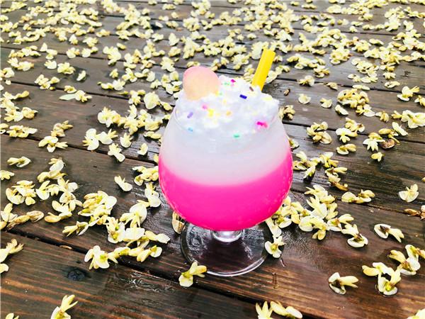 蜡烛西瓜果汁杯