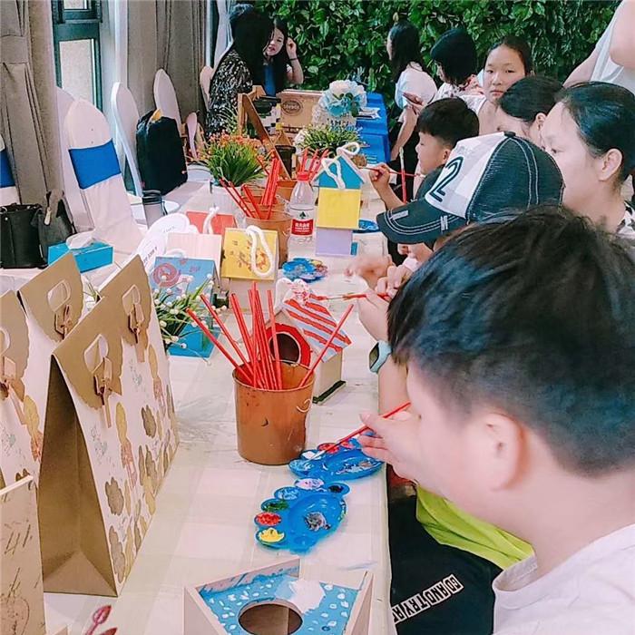 儿童创意DIY手工坊